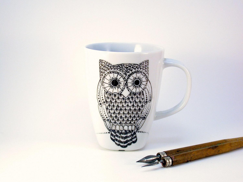 owl mug, handpainted in black