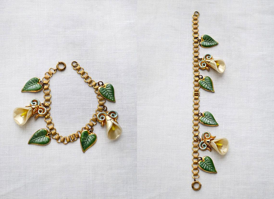 vintage 1940s floral charm bracelet