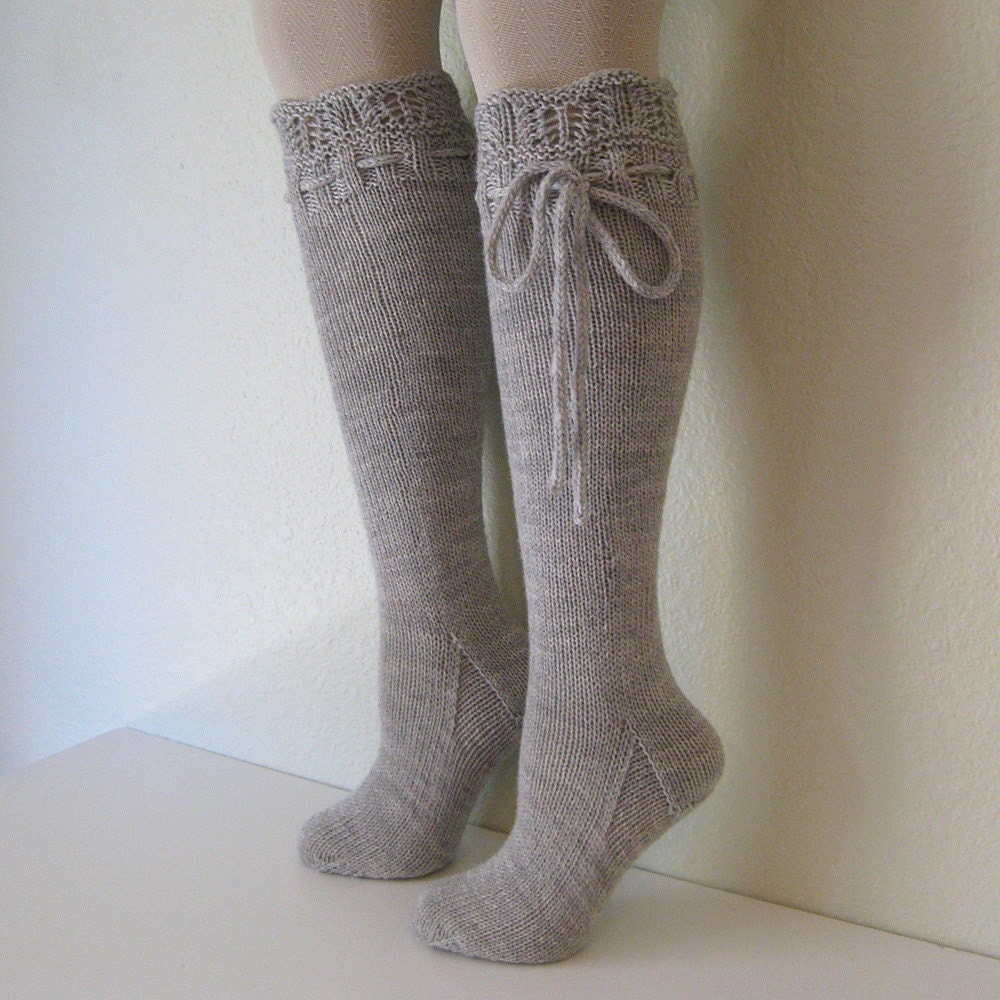 Knee High Socks Lace Dove Grey