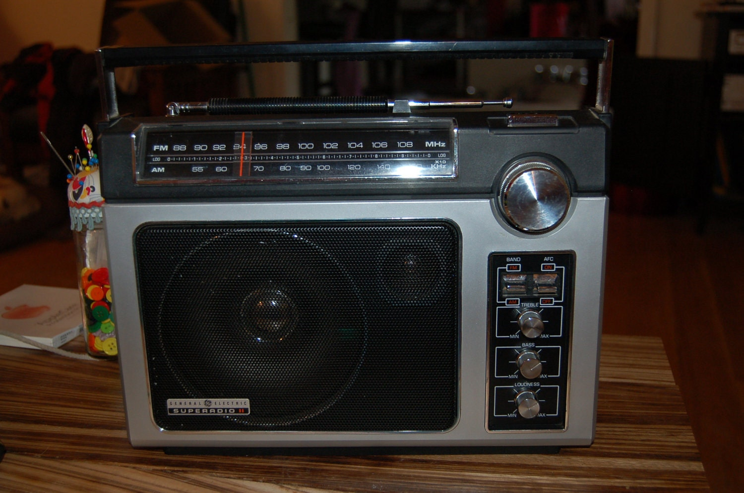 Vintage GE Superadio 2 Model 7-2885C