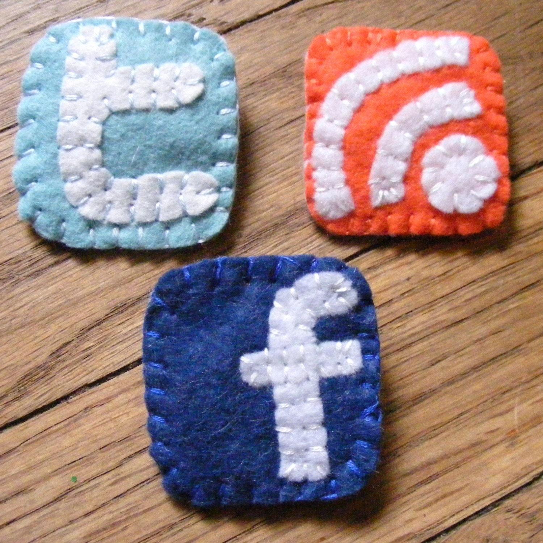 social media facebook twitter flickr