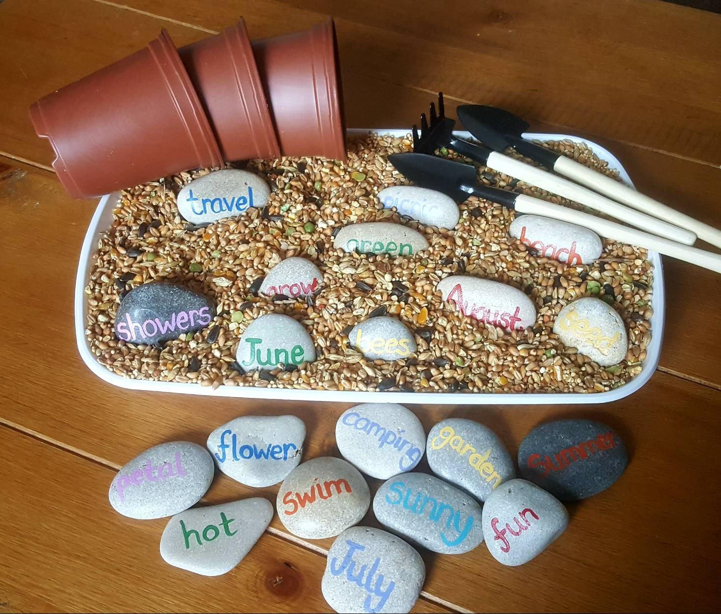 Summer words seeking tray
