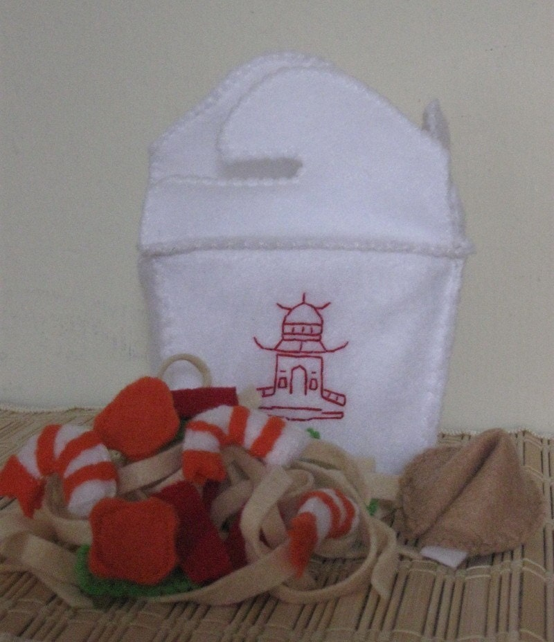 Chinese Shrimp or Tofu Lo Mein Take Out Box and Fortune Cookie Set - Felt Play Food
