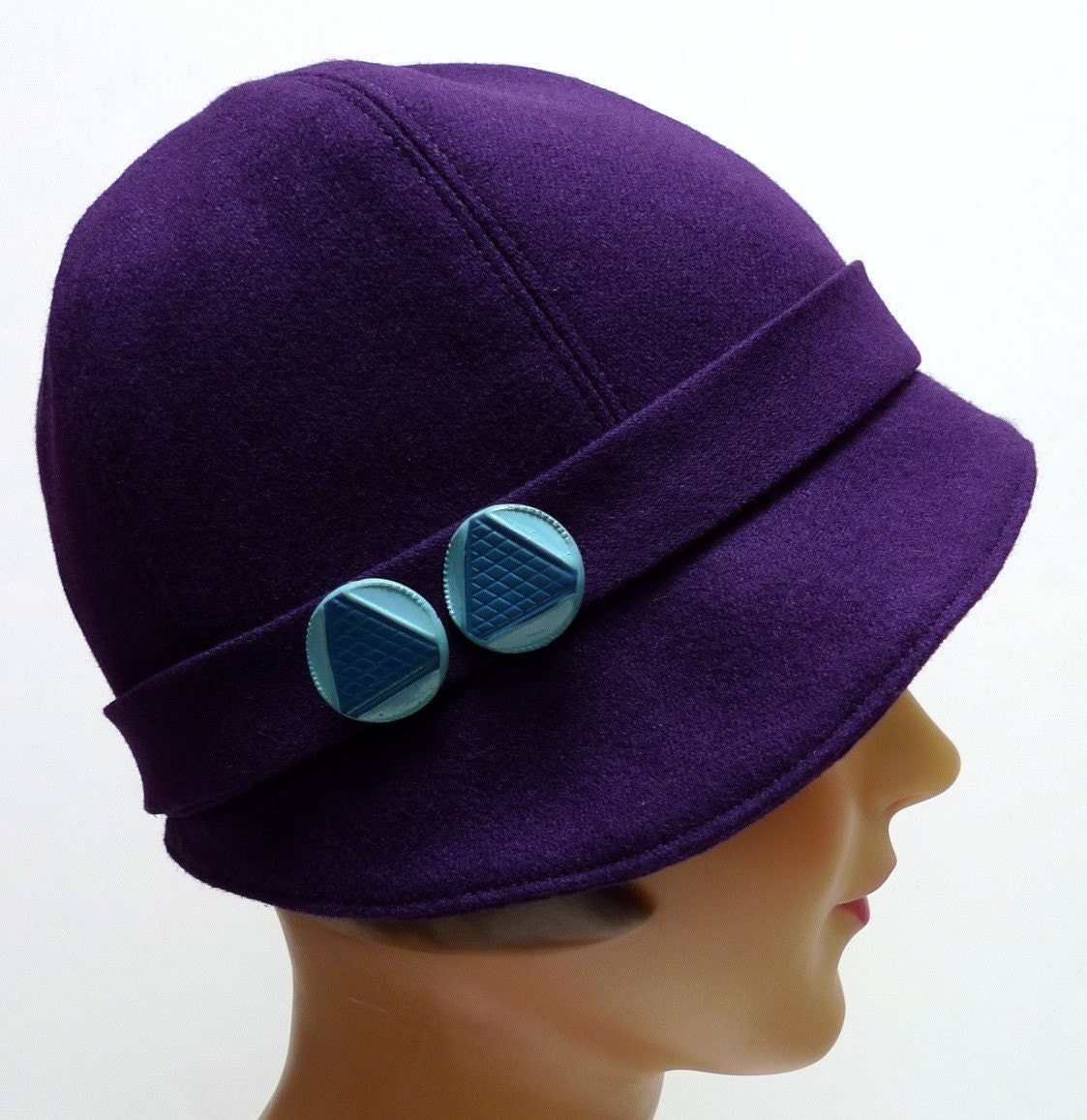 1920s Cloche Hat in Vintage Purple Wool with Blue Art Deco Buttons - SALE