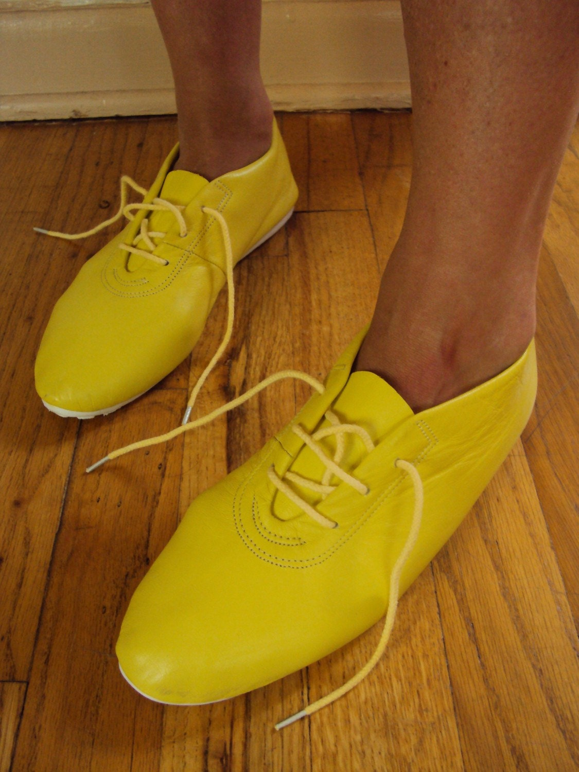 VINTAGE NEON YELLOW LEATHER BROGUES OXFORD SHOES