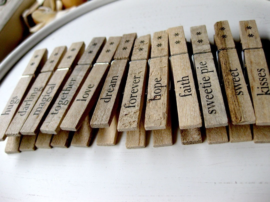 Set of 12 Clothespins - Words of Love