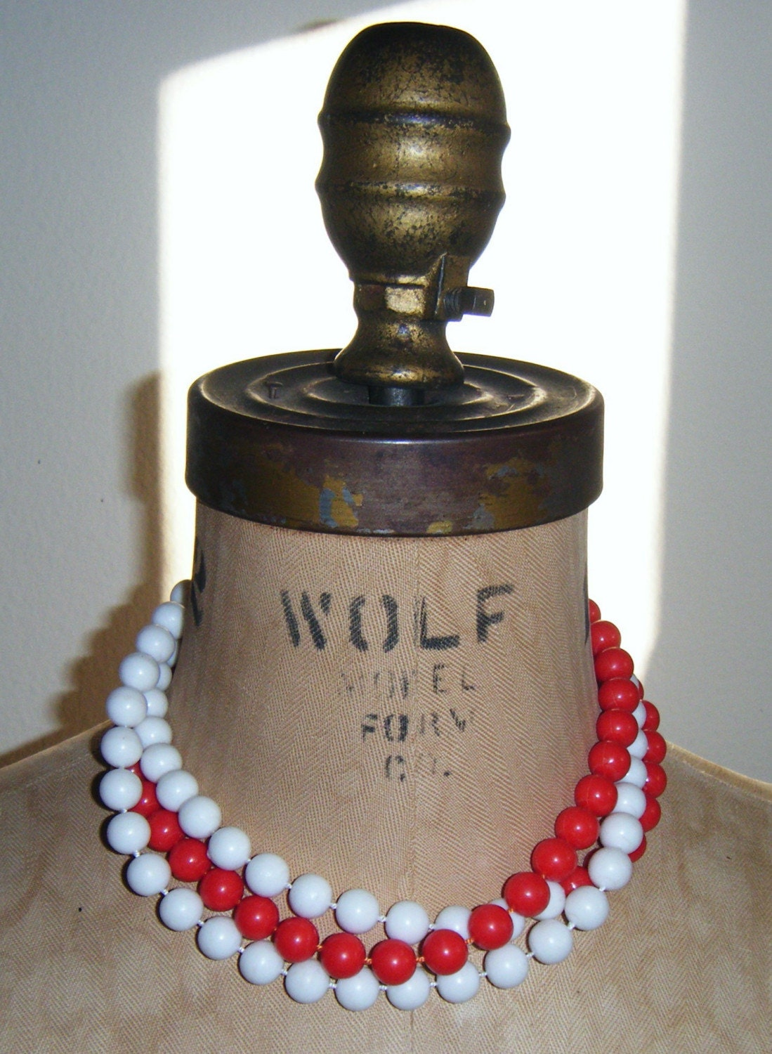 80's bi color long beads red and white necklace