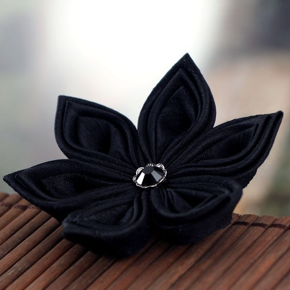 Black Star - Kanzashi Style Silk Flower Brooch