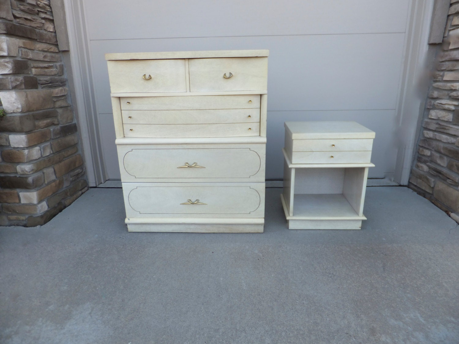 Set Of 2 Dixie Furniture Dresser Bedside By Retrovintageous