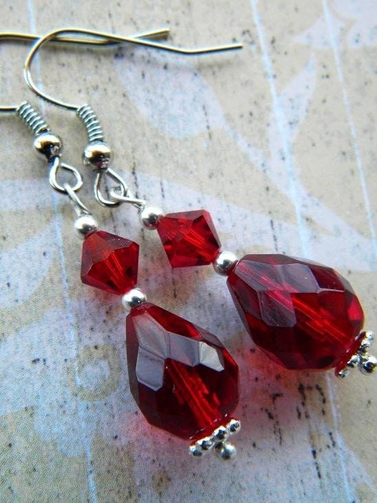 Faceted Ruby Red and Silver Dangle Earring Set