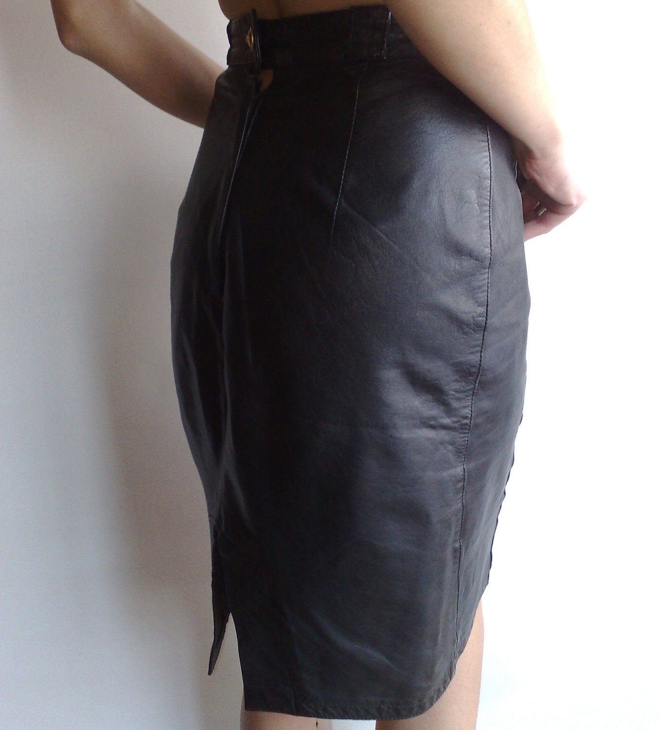 Vintage Black Genuine Leather Skirt  with Two Pockets In Front High Waist  XS, S - Ramaci