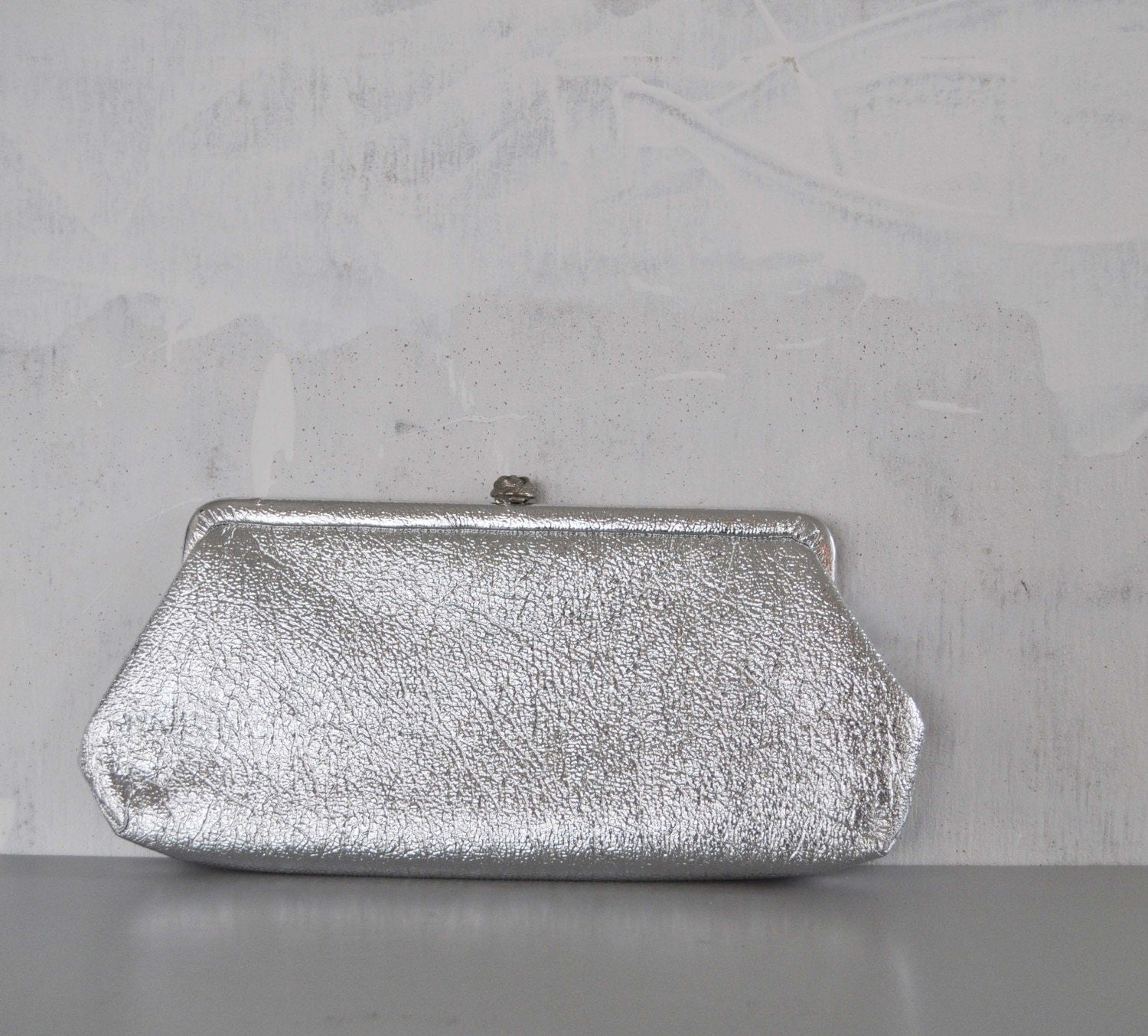 Vintage CRINKLED Silver Clutch by MariesVintage on Etsy