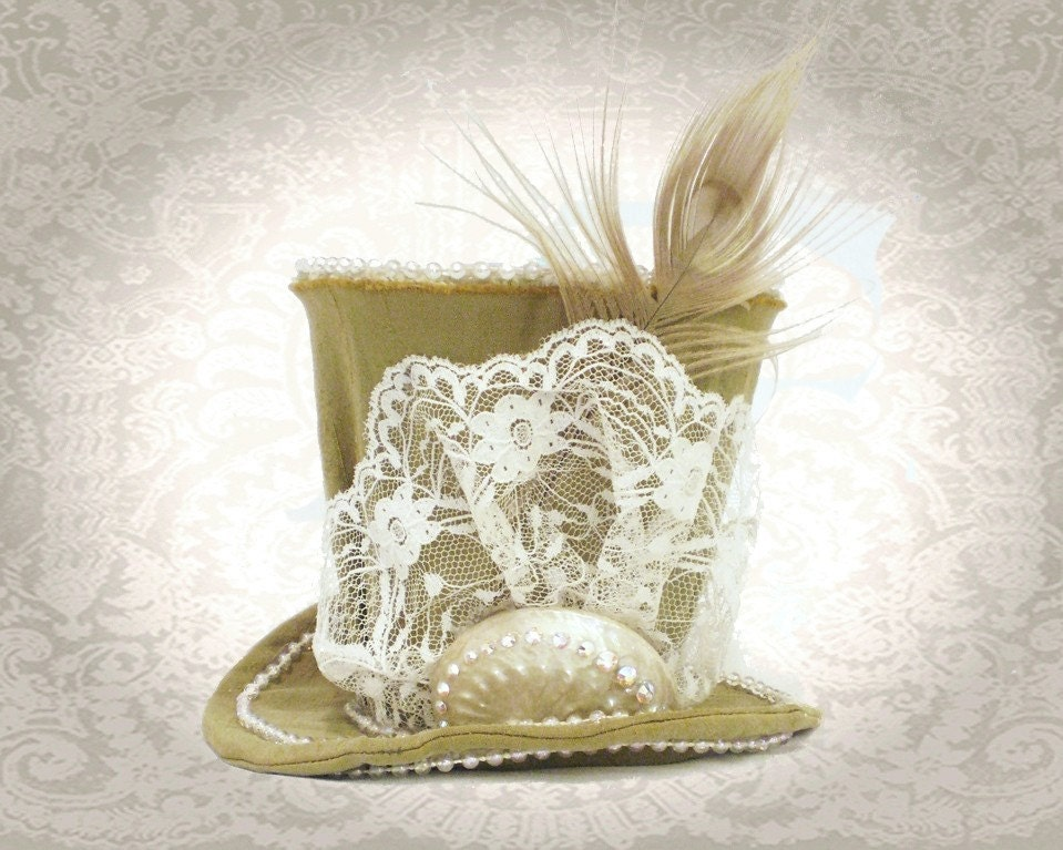 Decadent Mini Top Hat with Sworavski Crystals