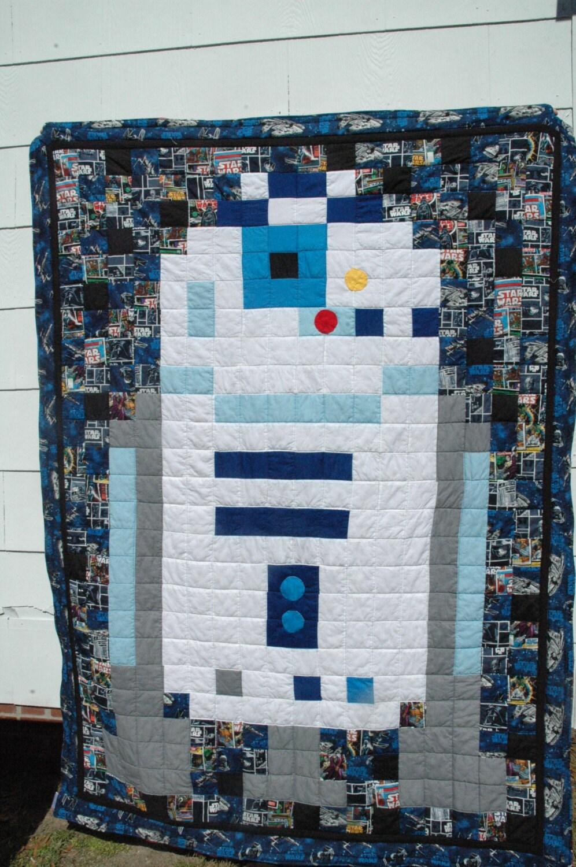 R2D2 Star Wars Pixel Art Quilt - Twin Bed Quilt - Star Wars Quilt