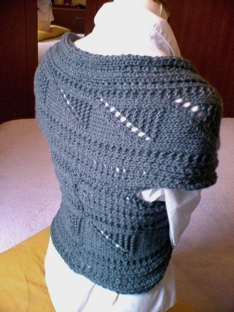 Free Crochet Pattern Wrap Sweater : KNIT WRAP SWEATER PATTERN - FREE PATTERNS