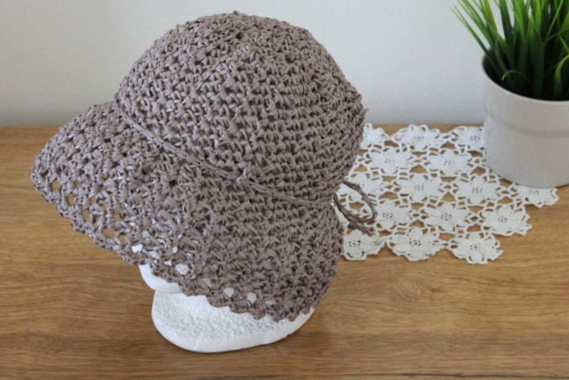 Eco friendly crochet Cloche summer hat - raffia yarn - fiber plant