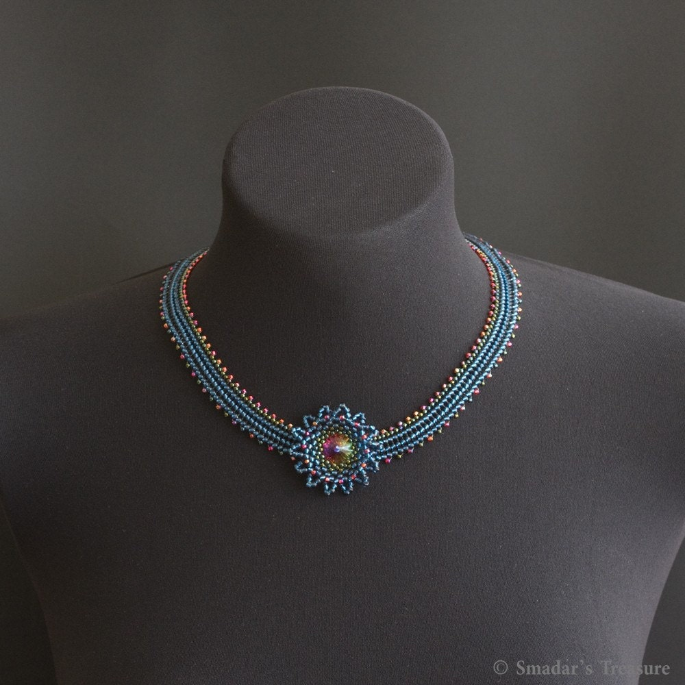 Beadwoven Necklace with Flower Pendant