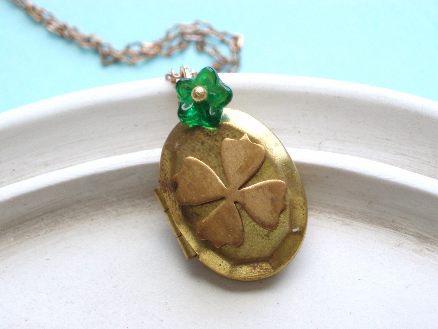 Four Leaf Clover - Vintage Shamrock Locket Necklace