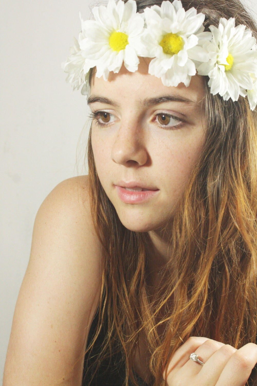 White Daisy Floral Headband Sam Wish