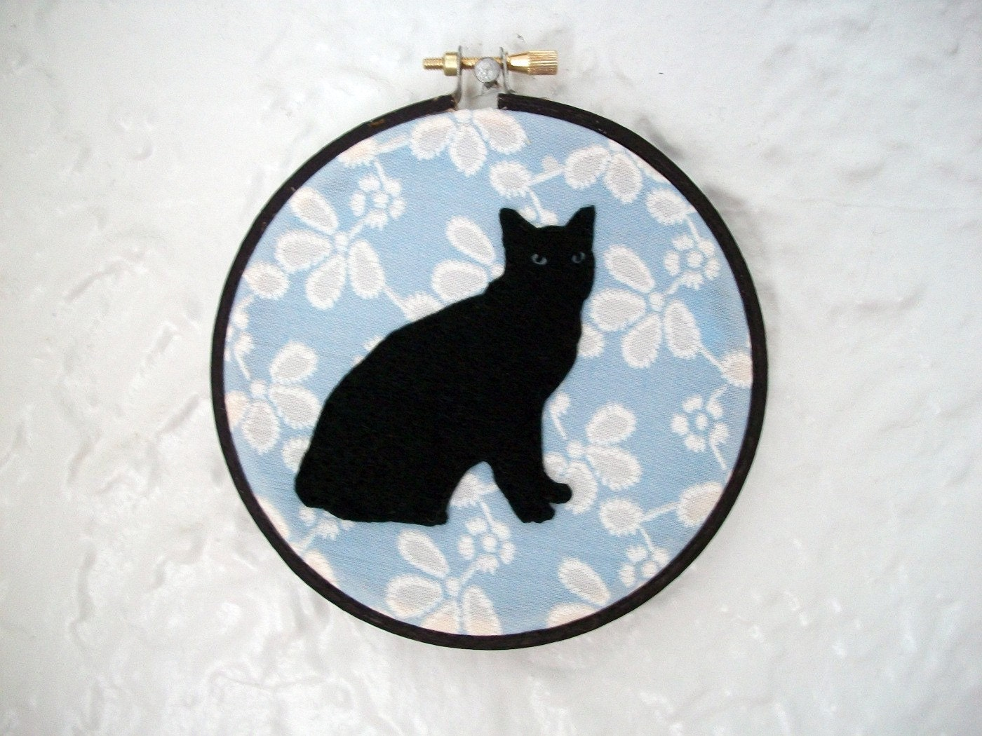 cat silhouette wall hanging