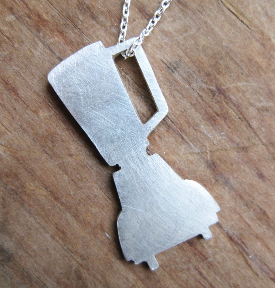 BLENDER sterling silver silhouette necklace