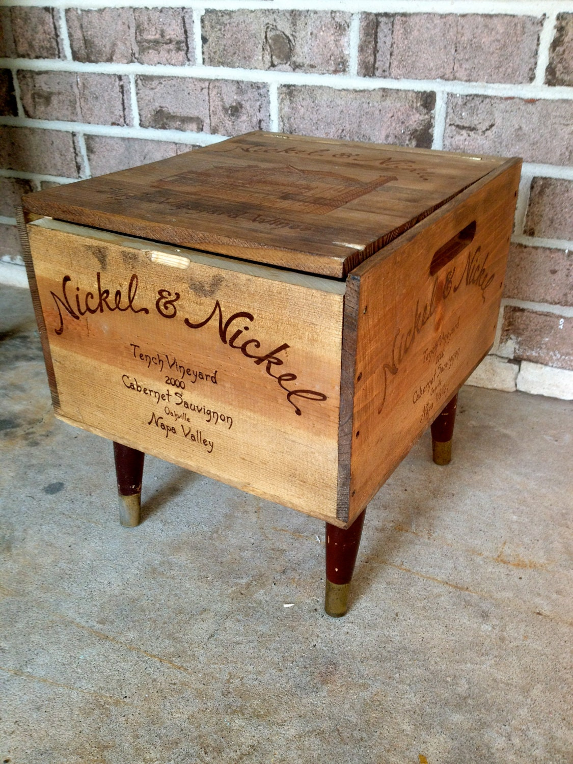 Pinterest the world s catalog of ideas for Wine crate furniture