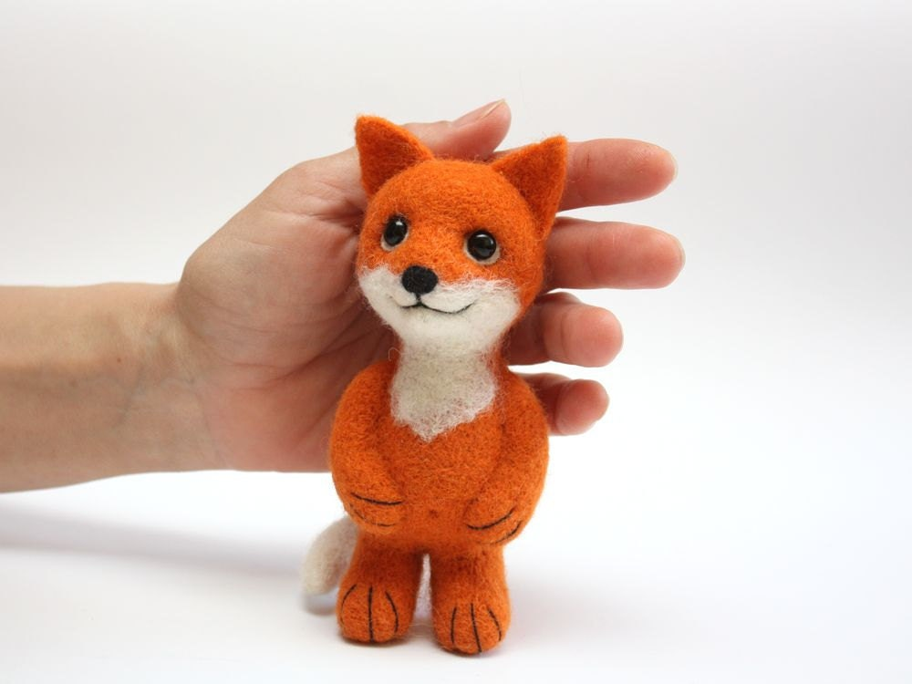 "Red Fox, 5,5"",  Miniature Needle Felted Soft Sculpture, OOAK - MrBearFamily"