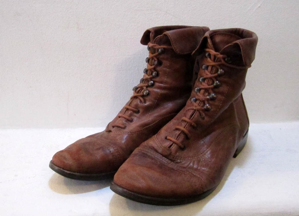 Vintage Distressed Brown Leather Lace up Booties 6