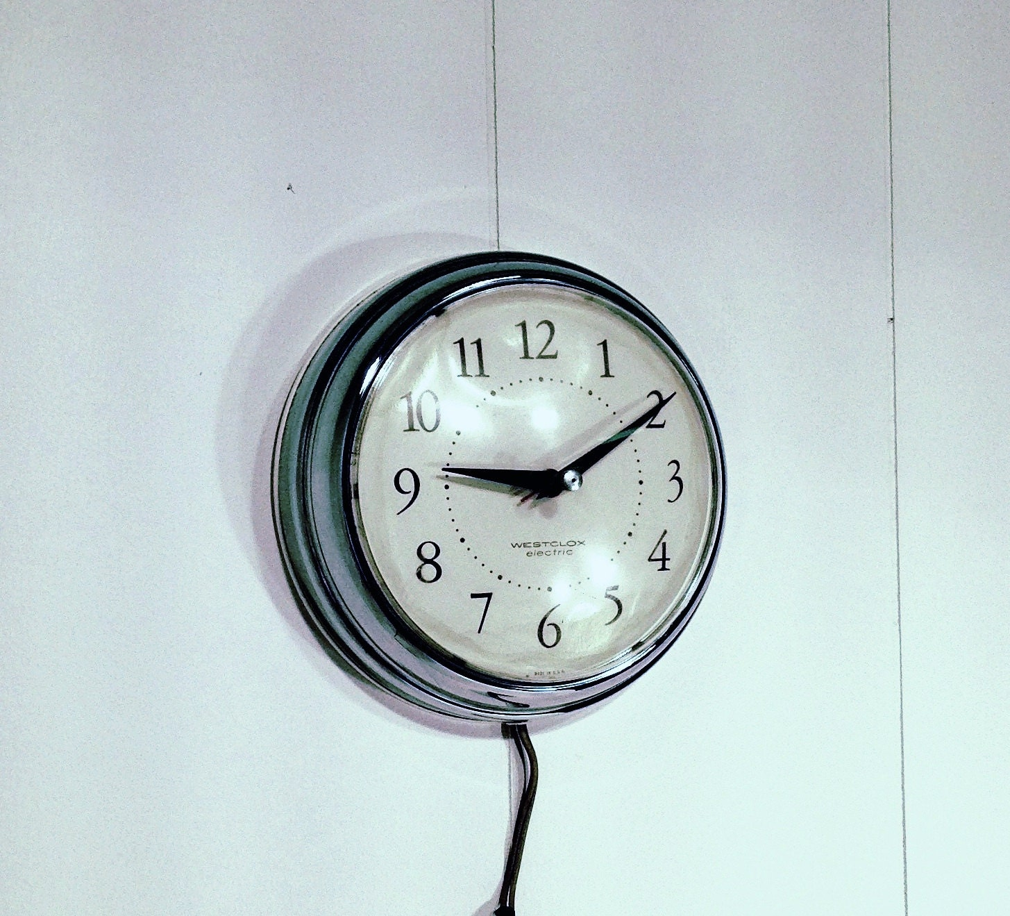 Retro Electric Kitchen Wall Clocks: Vintage Electric Kitchen Wall Clock Running Metal By Gillardgurl