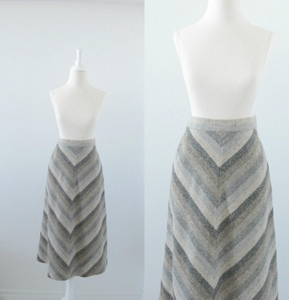 Vintage Wool Skirt - Chevron Stripe - 1970s A Line - xsmall - TwoMoxie