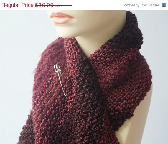 Hand Knit Scarf, Diagonal Texture Stripes, Scarf Pin, Burgundy Fall Fashion, Dark Raspberry - beadedwire