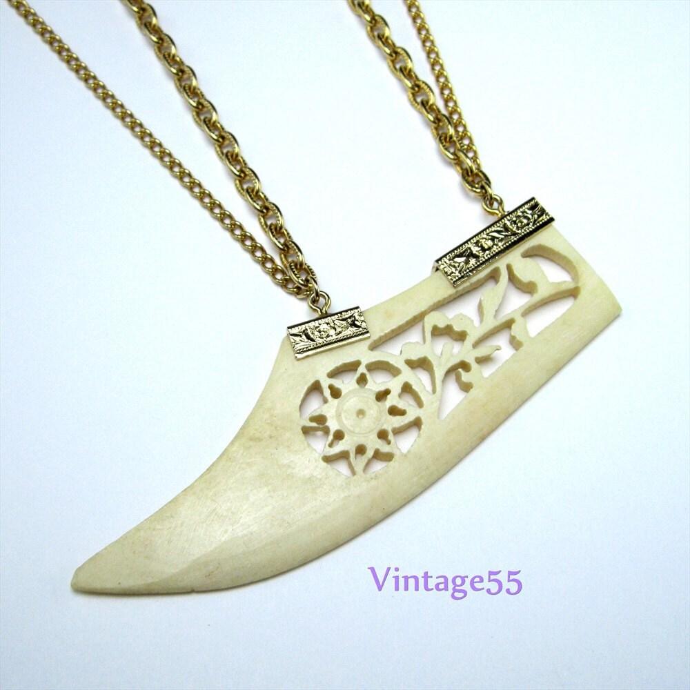vintage necklace pendant asian gold tone carved by vintage55