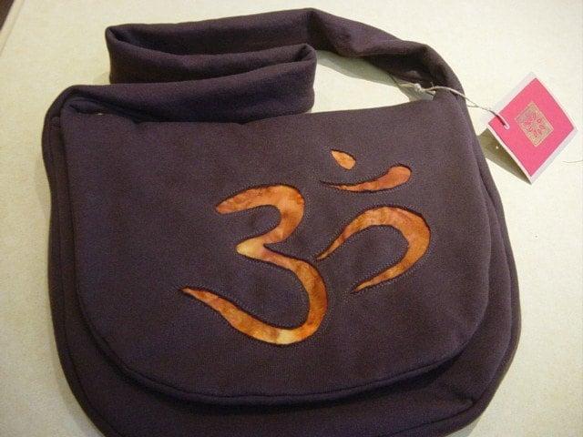 Messenger Sweatshirt, Om Custom Handmade, Back To School