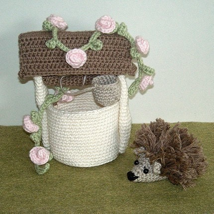 PDF Crocheet Pattern - Hedgehog and Wishing Well
