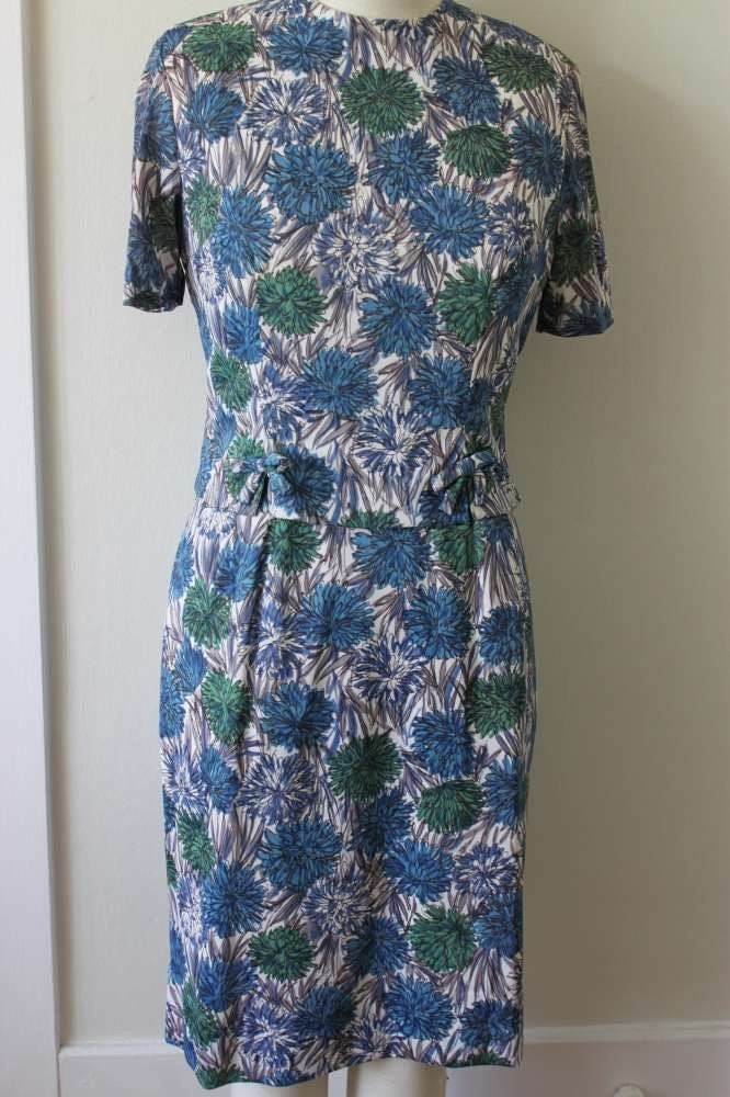Vintage early 1960s 60s late 1950s 50s floral novelty print 2 piece dress suit top blouse shirt mad men s m