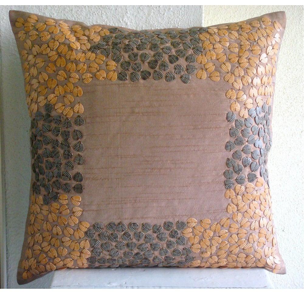 Текстурированные Листья - Бросьте наволочки - 18х18 дюймов Шелковый Dupion Чехол с 3D бисер Форма листьев