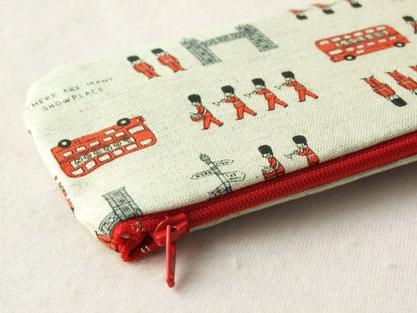 London  Town pencil(pen) pouch - CranberryLover