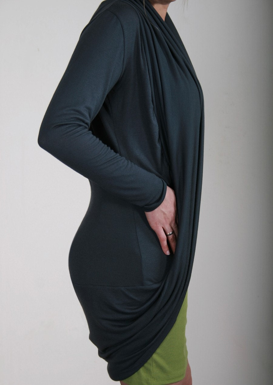 VELA Graphite gray long vest elegant and faminine
