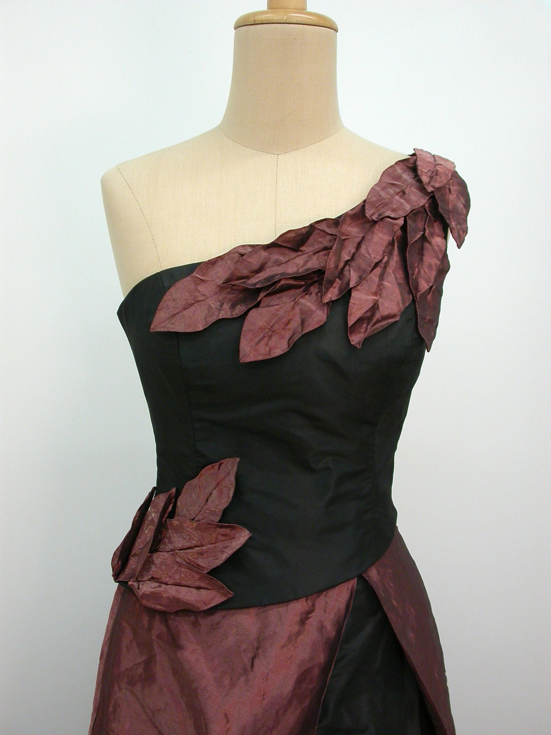 Autumn leaves ball gown - ValenCouture