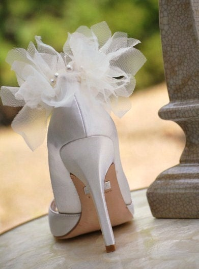 Ivory or white petals Shoe clips bride Edgy Party Sexy Elegant Stunning Summer Fashion Fashionista Women's Chiffon Bridesmaid Pearl