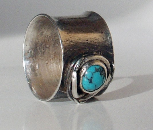 Turquoise and Sterling Silver Birds Nest Ring