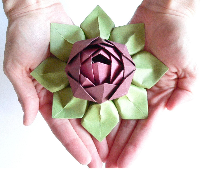 Как сделать из бумаги объемный цветок оригами