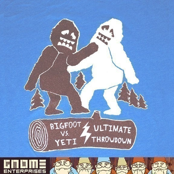 Big Foot vs Yeti Tee / GNOME ENTERPRISES / heather lake blue / UNISEX SM MD LG XL