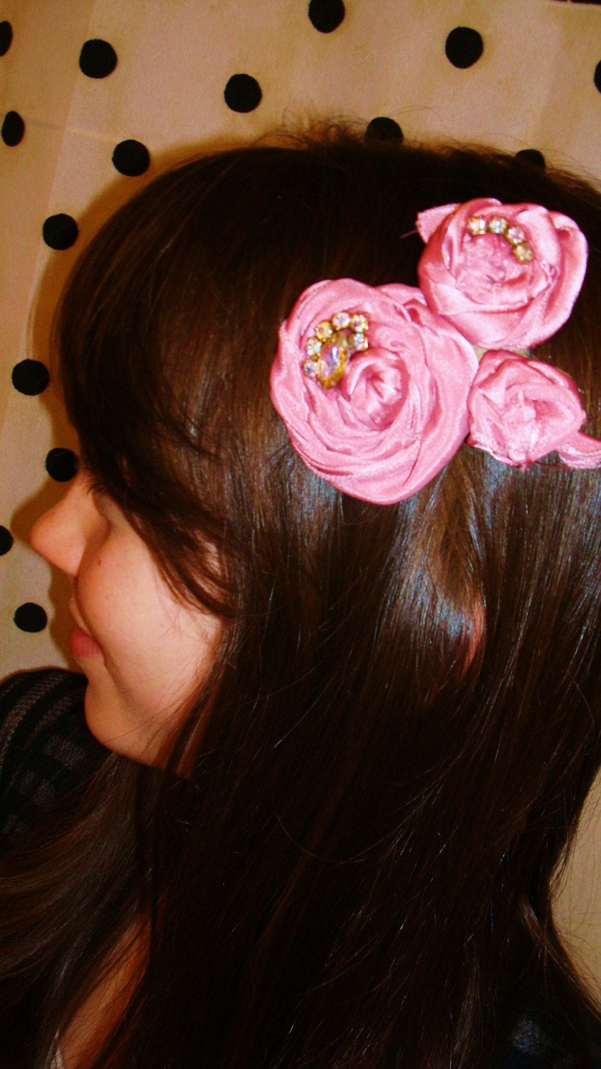 Rue de Courcelles - Rosette Hair Clip with Vintage Crystals