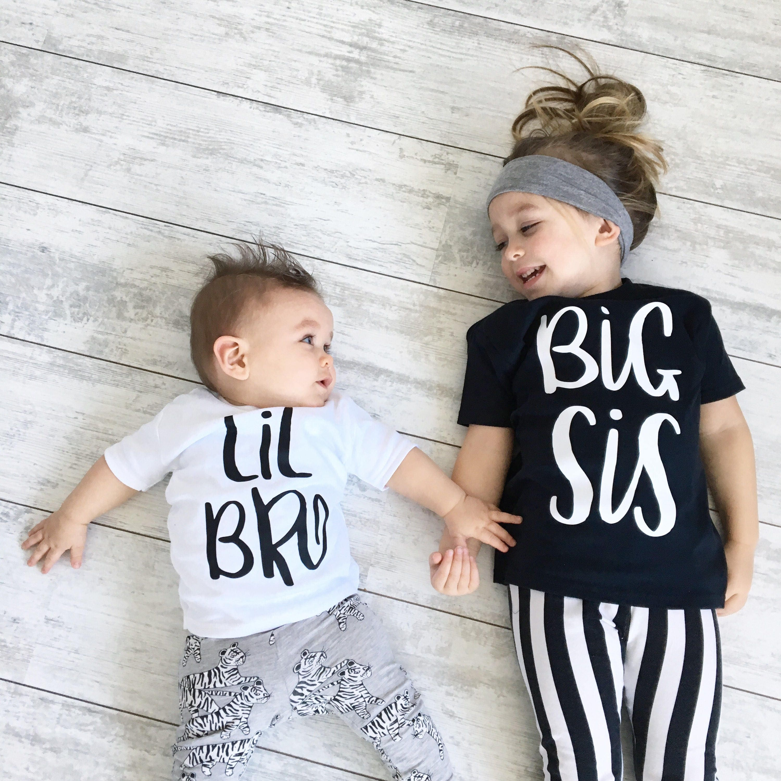 Sibling Set, Big Sister Little Brother, Sibling Clothing Gift Set, Big Sis Lil Bro, Sister Shirt, Sister Gift, Brother TShirt, Baby Bodysuit