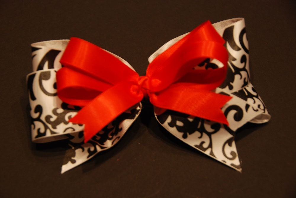 Boutique Bow - Black and White Damask/Red