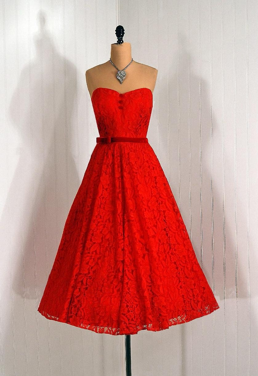 1950's Vintage Fiery Ruby-Red Strapless Sweetheart Chantilly-Lace Couture Rockabilly Princess Velvet-Bow Bombshell Circle-Skirt Holiday Wedding Party Prom Evening Cocktail Dress