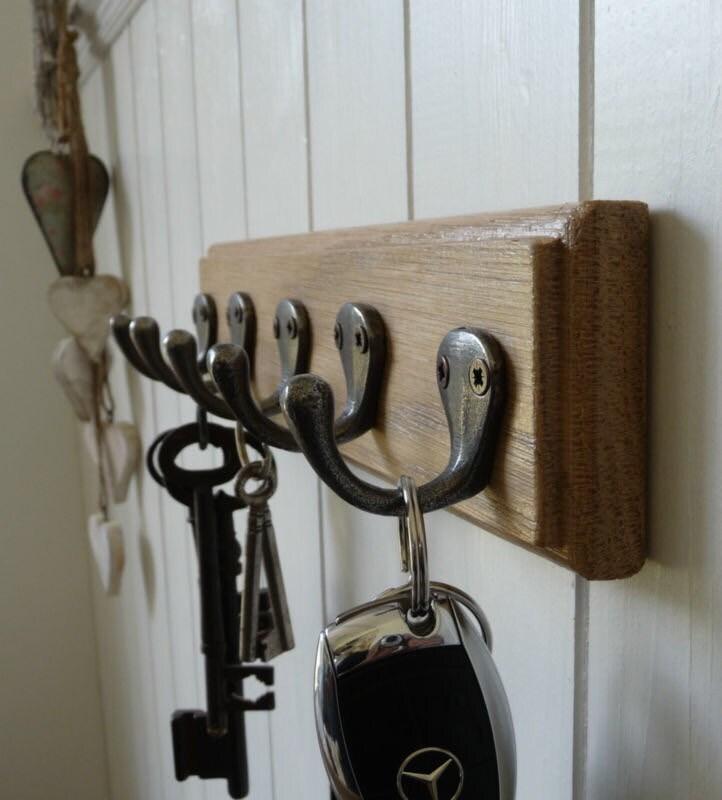 Vintage Style Key Rack  Dog Lead Rack  Solid Oak 5 Hooks  Handmade