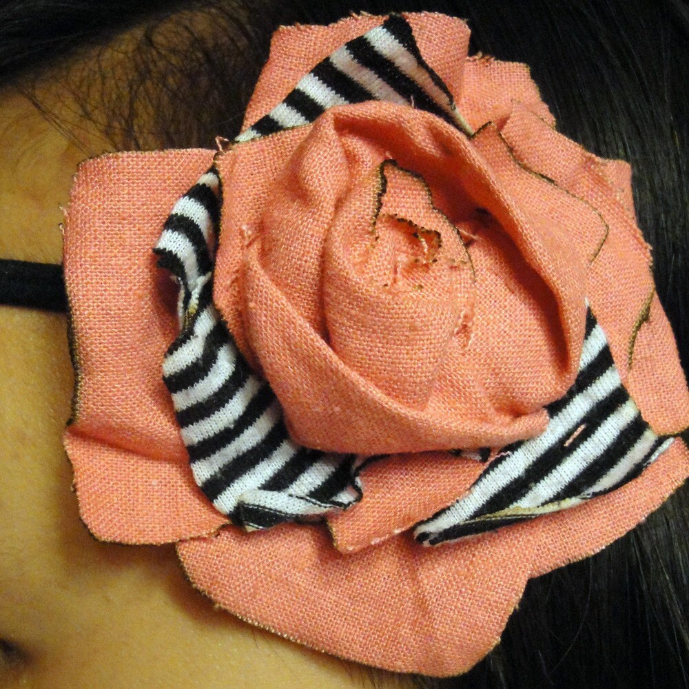 MAUREEN - Flower Headband in Pink