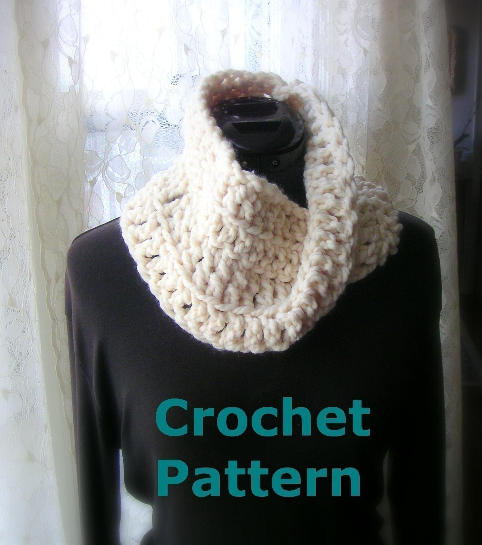 Learn Crochet : LEARN TO CROCHET A SCARF - Crochet - Learn How to Crochet